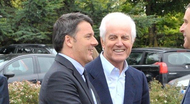 Sorridente e innamorato con Renzi
